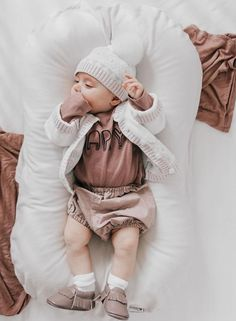 Baby Aspen's classically-inspired cardigan set is just the thing baby girl needs to add to her wardrobe. The fair isle print is sure to make your baby girl look darling. Baby Aspen, Pom Pom Hat, Sweet Memories, Trendy Baby, Baby Hats, Cute Babies, Winter Hats, How To Wear, Fashion
