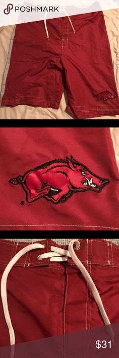 Arkansas Razorbacks Swim Trunks - Men's XXL Arkansas Razorbacks swim trunks. NWT. Never worn. They have been stored in my closet for a couple of years, no apparent flaws. Original price on tag. G-III Sports by Carl Banks Swim Swim Trunks