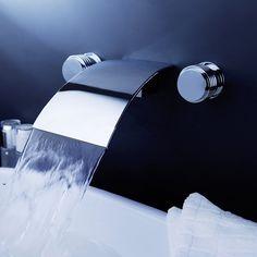 Gratis verzending luxe messing wandmontage waterval bad kraan voor de badkamer muur waterval kraan lt-303(China (Mainland))