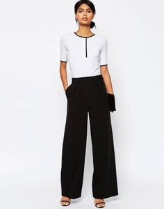 Discover our range of women's suits at ASOS. From officewear to matching separates, in print, floral and smart styles at ASOS. Order today at ASOS. Peg Trousers, Wide Leg Trousers, Trousers Women, Tall Pants, Dress Trousers, Pleated Pants, Black Trousers, Blouse Dress, Business Casual Dresses