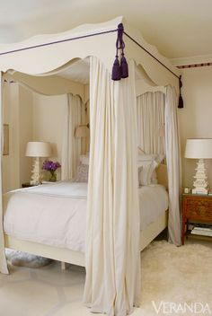 Chic Chicago Townhouse & DAVID HICKS INTERIOR DESIGNER CANOPY BED BRITWELL HOUSE BEDROOM ...
