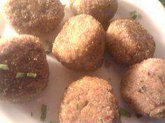 Falafele czyli arabskie kotlety z ciecierzycy.