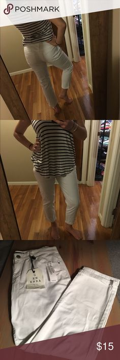 White jeans NWT!! White slim boyfriend jeans. Super comfortable and soft. 98% cotton 2% spandex. Great for summer!! Pants