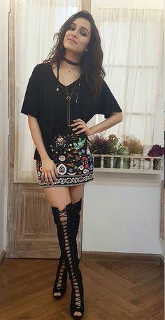 Shraddha Kapoor promoting her upcoming movie half girlfriend at Nach Baliye 8 Bollywood Images, Bollywood Stars, Bollywood Celebrities, Bollywood Fashion, Bollywood Actress, Shraddha Kapoor Cute, Sonam Kapoor, Ranbir Kapoor, Deepika Padukone