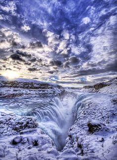 The Icy Pit to Hell photo by Trey Ratcliff (Stuck in Customs). This is Gulfoss, the frozen waterfall in Iceland http://www.flickr.com/photos/stuckincustoms/with/387019269/ #travels #ice