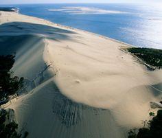 La dune du Pilat, France the largest sand dune in Europe France Europe, France Travel, Dream Vacations, Vacation Spots, Lacanau Ocean, Visit Bordeaux, Cap Ferret, Europe Travel Tips, Amazing Destinations