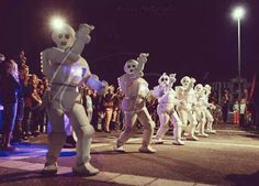 Italy party strolling entertainment | Entertainment agency | Corporate entertainment