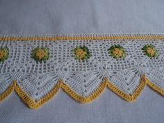 Pano de prato em tecido de sacaria, 100% algodão, com barrado de crochê.  Ideal para enxugar louças, decorar sua cozinha ou presentear.