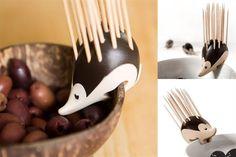 Objetos locos: ¡animales en la cocina!  Un puercoespín cuyas espinas son escarbadientes. ¡Perfecto para picadas!. Foto: henandhammock.co.uk
