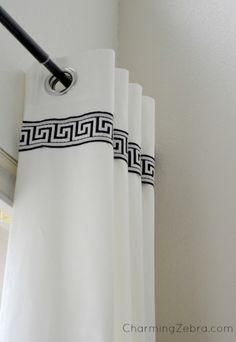 28 Ways to Spruce Up White Curtains – Remodelaholic