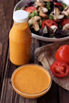 Smokey Tomato Vinaigrette {Gluten-free, Vegan, & Paleo} Putting this on my list of recipes to try :) Raw Food Recipes, Cooking Recipes, Healthy Recipes, Vinaigrette Sans Gluten, Lime Vinaigrette, Sin Gluten, Gluten Free, Chutney, Salad Dressing Recipes