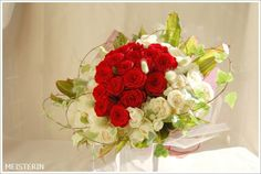赤い薔薇の花束/ Red rose bouquet for propose