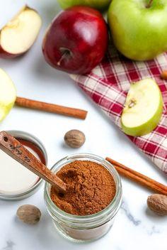Homemade Dry Mixes, Homemade Spices, Homemade Desserts, Pie Spice Recipe, Apple Pie Spice, Pumpkin Pie Spice, Fall Dessert Recipes, Fall Desserts, Apple Recipes