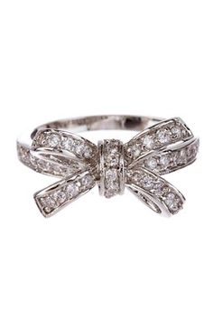 Mini Bow-Tie Ring