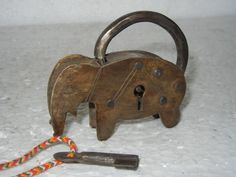 Old Small Brass Elephant Shape Pad Lock Under Lock And Key, Key Lock, Elephant Love, Elephant Art, Doors Galore, Door Knobs And Knockers, Old Keys, Unusual Art, Door Locks