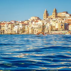 Cefalù, Sicily. Dive into Summer (Cefalù) – Image©Picale