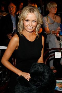 Lara Bingle - perfectly contoured and highlighted / healthy bronze glow / sexy eyes / nude lip - a look that works brilliantly on camera and especially good in black and white photography!!