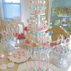 海外で大人気!♡コロンと可愛い『ケーキポップス』を作りたい♩ | marry[マリー] Welcome To The Party, Candy Apples, Wedding Decorations, Sweets, Birthday, Desserts, Cake Pop, Gifts, Food