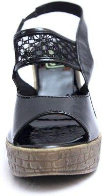 Relexop Girls Sandals - Buy Black Color Relexop Girls Sandals Online at Best Price - Shop Online for Footwears in India | Flipkart.com