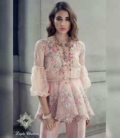 Fancy Formal & Trendy Short Frocks For Eid Festivities 2019 - Trend und Mode Pakistani Couture, Pakistani Wedding Dresses, Pakistani Outfits, Indian Dresses, Indian Outfits, Simple Dresses, Casual Dresses, Fashion Dresses, Short Frocks