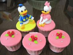 Donald and Daisy Cupcakes