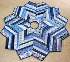 Beautiful Blue and White Christmas Tree Skirt Quilt - So Many Snowflakes, Chevron Style, String Quilt