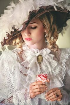 Image about cute in Vintage Ladies by ℓυηα мι αηgєℓ ♡ Mode Vintage, Vintage Ladies, Victorian Fashion, Vintage Fashion, Edwardian Style, Foto Fantasy, Portrait Photography, Fashion Photography, Princess Aesthetic