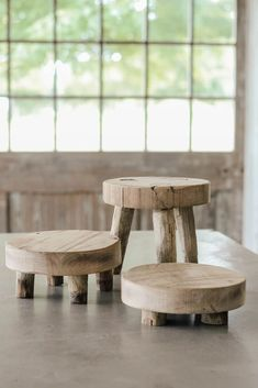 These wood riser stands are made from authentic barn wood and have so many uses! #aimeeweaverdesigns