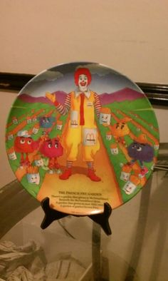 1989 THE FRENCH FRY GARDEN MCDONALDS COLLECTOR PLATE