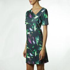 Vestido SNATCH Estampada Dark Leaf