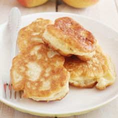 Polish traditional yeast pancakes with apples, traditionally served with icing sugar. Very fluffy, perfect breakfast or dessert. (in Polish)