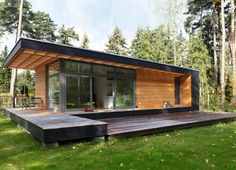 Mini Designer Holzhaus bauen lassen Have a mini designer build a wooden house Tiny House Cabin, Tiny House Living, Tiny House Plans, Tiny House Design, Modern House Design, Living Room, Building A Wooden House, Backyard Office, Casas Containers