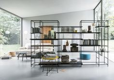 Modernes Regal / Holz / aus Metall / gestrichenes Holz PLAIN by Francesco Rota LEMA Home