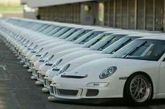 White 997 GT3