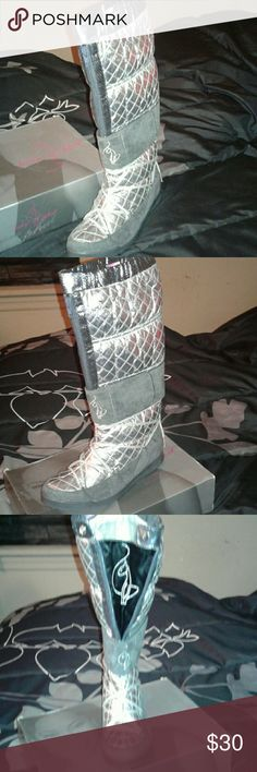 BABY PHAT BOOTS SILVER AND GREY BOOTS, COME ALMOST TO KNEES, IM 5'10 , NEVER WORN ,THE GREY IS SUEDE , YOU CAN WEAR THE BOOTS WITH THE ZIPPER DOWN TO, AND YOU CAN SEE THE BABY PHAT EMBLEM CUTE!! THESE BOOTS ARE COOL, NICE SUEDE ADDED MOST DEFINITELY DIFFERENT, BUT COOL!!! BABY PHAT Shoes Lace Up Boots