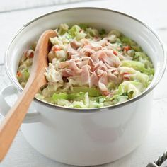Stamppot - replace cabbage with sauerkraut and then add turkey for a healthier (and UC-friendly) meat option Enjoy Your Meal, Food Porn, I Want Food, Good Food, Yummy Food, Cooking Recipes, Healthy Recipes, Comfort Food, Happy Foods