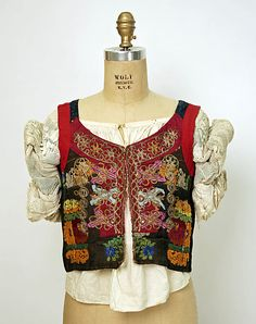 Hungarian Ensemble © The Metropolitan Museum of Art Chain Stitch Embroidery, Learn Embroidery, Embroidery Patterns, Hand Embroidery, Textiles, Folklore, Stitch Head, Hungarian Embroidery, Folk Costume