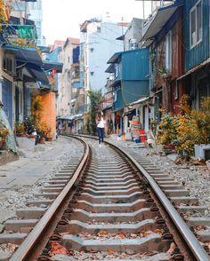1 minute in Railway, Hanoi, Vietnam