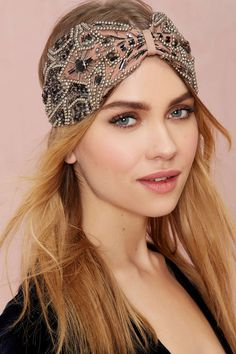 Hats off! Shop our best hat and hair accessories - from caps, fedoras, head pieces and more at Nasty Gal. Headband Hairstyles, Diy Hairstyles, Diy Headband, Turban Headband Tutorial, Headband Styles, Turban Headbands, Handmade Headbands, Jeweled Headband, Colored Wigs