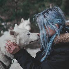 """53.5 mil Me gusta, 198 comentarios - Giovanna Bravar (@gio_bravar) en Instagram: """"Amigas de trenzas 🔥 Nos vamos a ir a vivir a la montaña, primer aviso. Fotito del pu to…"""""""