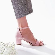 Yep, can't wait for the season to start. Especially because of the new spring/summer 2018 collection. How 'bout you? Spring Summer 2018, Shoe Brands, Barefoot, Character Shoes, Peep Toe, Dance Shoes, Booty, Seasons, Sandals