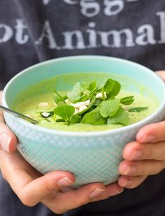 Delicious both hot and cold, this green super-soup is full of plant-based protein and healthy fats to keep you satisfied without weighing you down.