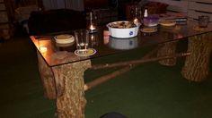 Eigengemaakte tafel