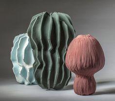 Unique Green Ceramic Vase by Turi Heisselberg Pedersen Glass Ceramic, Ceramic Clay, Porcelain Ceramics, Ceramic Pottery, Porcelain Tiles, Fine Porcelain, Sculptures Céramiques, Sculpture Art, Organic Sculpture