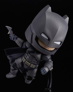 The showdown of the century in Nendoroid size! From the popular movie 'Batman v Superman: Dawn of Justice' comes a Nendoroid of Batman dressed up in his armor. The Nendoroid is a part of the fully articulated 'Edition' series of Nendoroids whi. Batman Vs Superman, Batman Armor, Superman Dawn Of Justice, Chibi Marvel, Marvel Dc, God Of War, Overwatch, Hades, New Bat