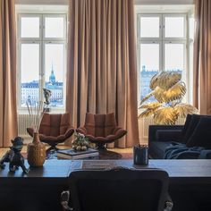 Gravity Home: Suite Lydmar Hotel Stockholm Hotel Stockholm, Brown Color Schemes, European City Breaks, Gravity Home, City Restaurants, Distressed Leather, Interior Inspiration, Travel Inspiration, Showroom
