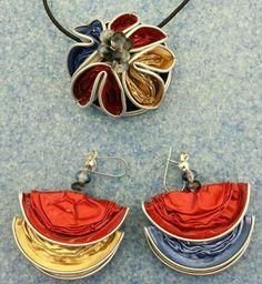 Collana e orecchini creati con le cialde del caffè ~ Mara1000idee