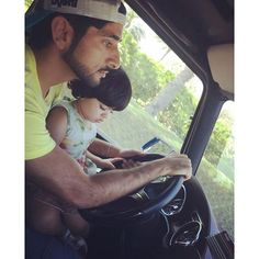Hamdan bin Mohammed bin Rashid Al Maktoum con su sobrina, Fatima bint Mohammed bin Hamad Al Sharqi, 02/04/2016. Vía: latifa.mrm