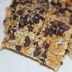 A simple and easy recipe for yummy chocolate chip granola bars. These bars are a healthy snack.. Chocolate Chip Granola Bars Recipe from Grandmothers Kitchen.