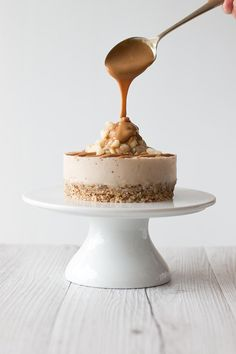 Salted Caramel Macadamia Cheesecake   Going Coconuts